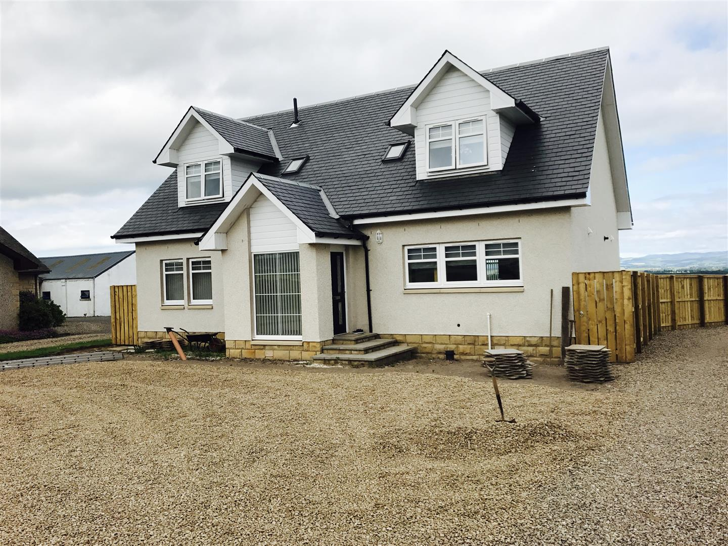 New House at Saucher, Kinrossie, Perth, Perthshire, PH2 6HY, UK